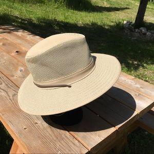 Henschel Hat Co. Tan Breathable Sun Hat sz Sm